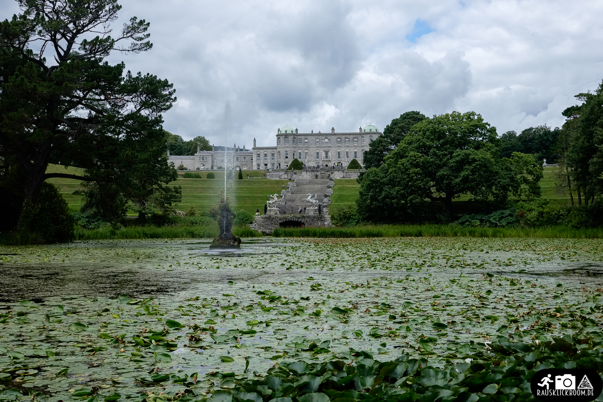 Irland-Wicklow_County-Powerscourt_House_Gardens-5
