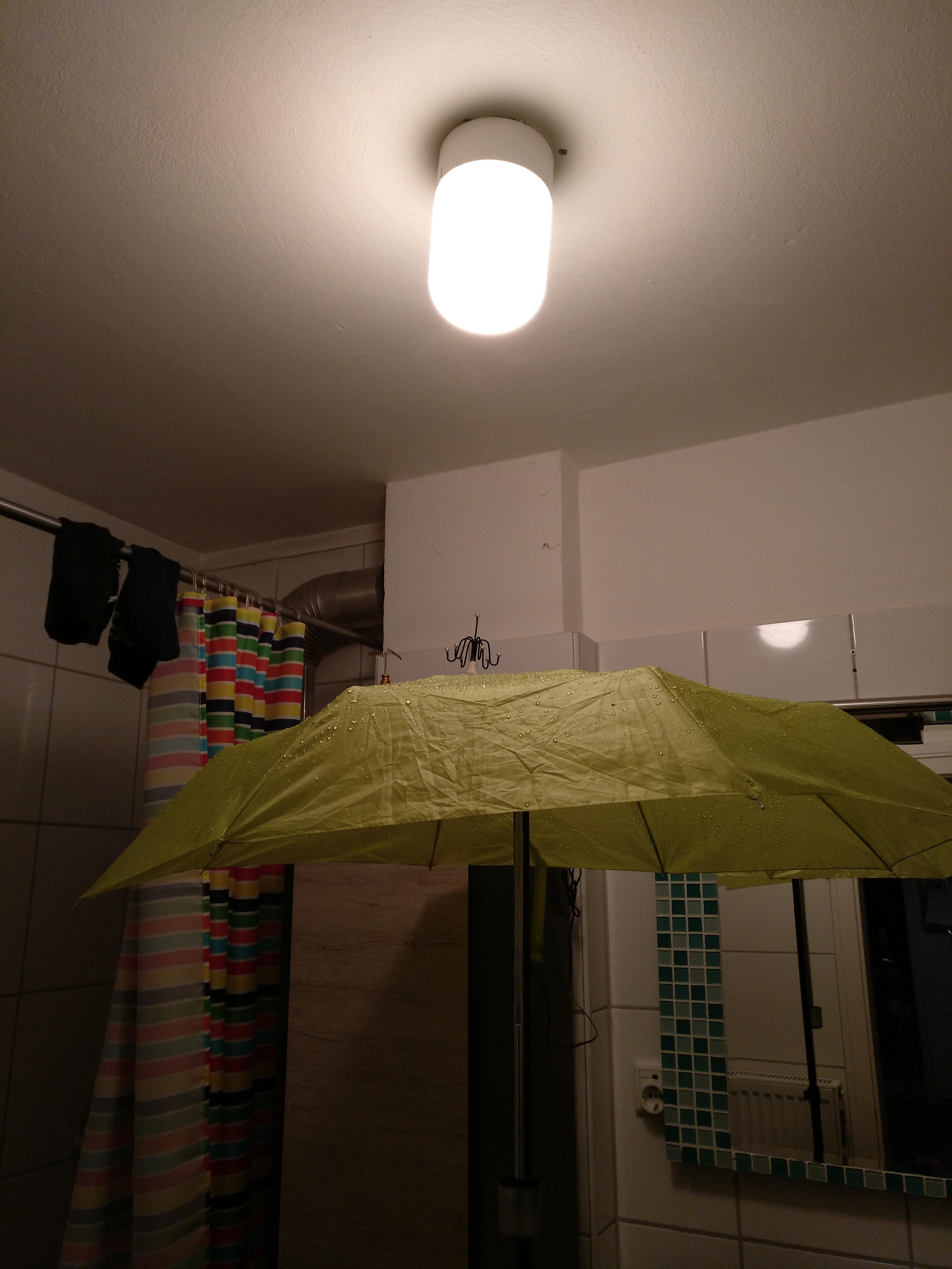 Bildgeschichte-Regenschirm-2